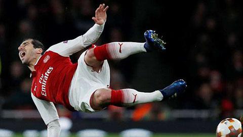 Arsenal mất Mkhitaryan đến hết mùa vì chấn thương