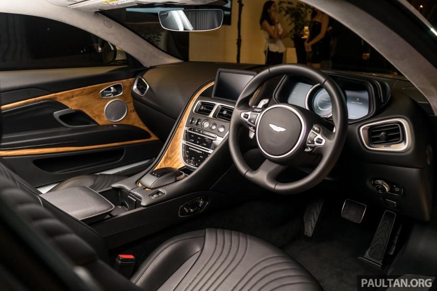 Aston Martin DB11 V8 ra mắt Đông Nam Á, giá 465.000 USD