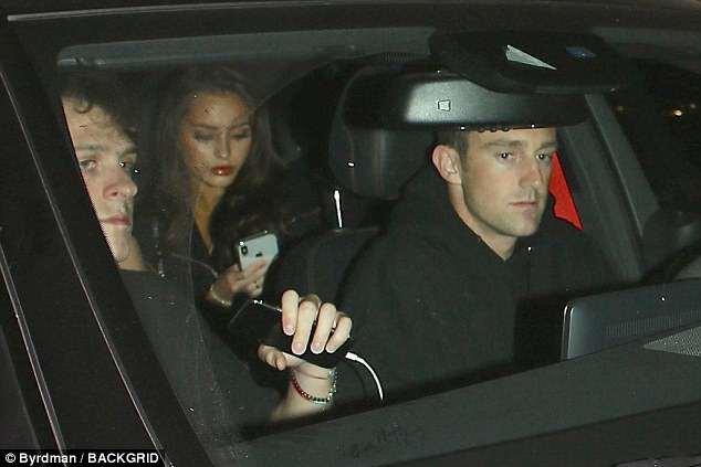 Brooklyn Beckham hẹn hò ăn tối với người mẫu Playboy mặc cho dư luận ném đá