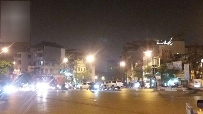 Mẹ nạn nhân bị xe bán tải kéo lê: Nhà có một mẹ một con, khi đi Đạt không mang theo điện thoại và giấy tờ nên tôi cứ chờ cả đêm