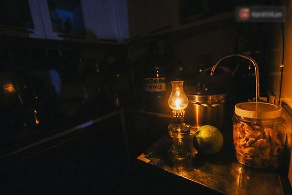 Cuộc sống u tối, lạnh lẽo của những cư dân bám trụ chung cư Carina sau vụ cháy 13 người chết