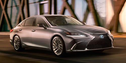 Lexus ES 2019 thiết kế mới lộ diện, đối đầu xe sang Đức