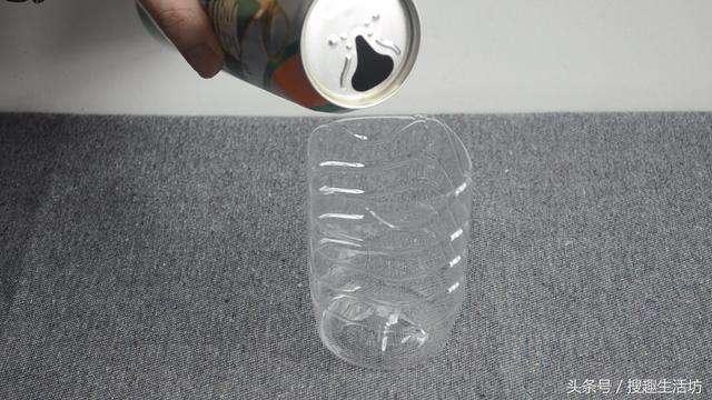 Mẹo bắt sạch bách muỗi trong nhà chỉ cần một ít bia uống dở và thứ nhà nào cũng có