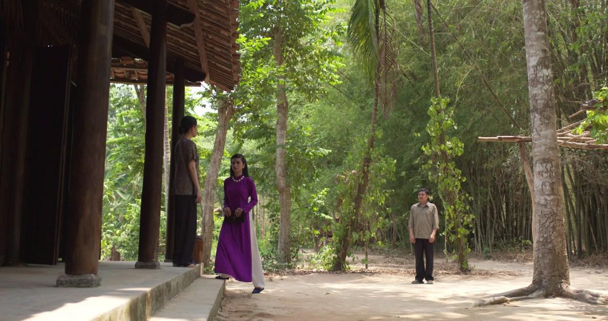 Mộng Phù Hoa tập 23: Vừa cưới được vài ngày, chồng Ba Trang đã cặp kè với kẻ thù của vợ