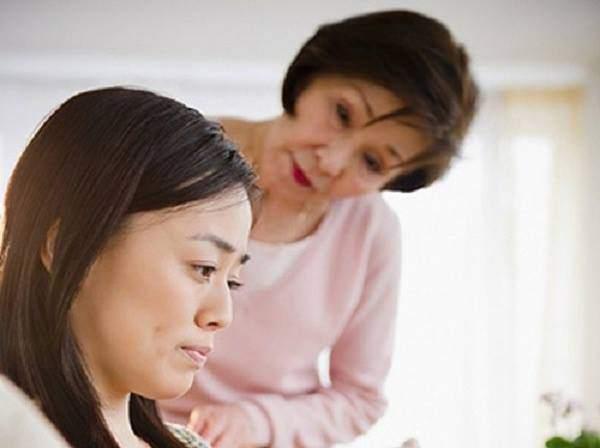Tôi đã ôm vợ khóc khi biết lý do cô ấy lén dùng thuốc tránh thai suốt 2 năm