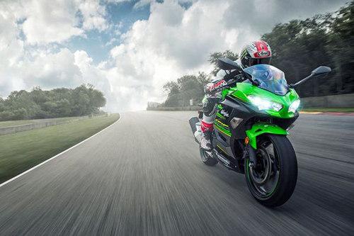 Mãnh tướng Ninja 400, Ninja 300 của Kawasaki đồng loạt giảm giá