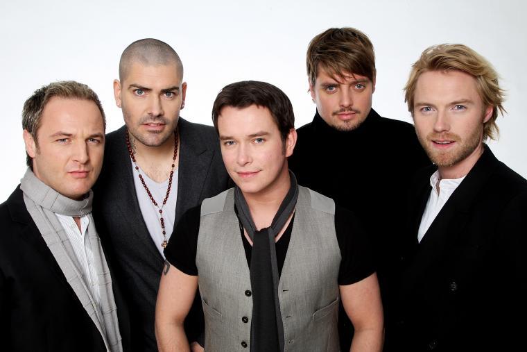 Boyzone sẽ chính thức tan rã sau khi tung album tưởng nhớ Stephen Gately