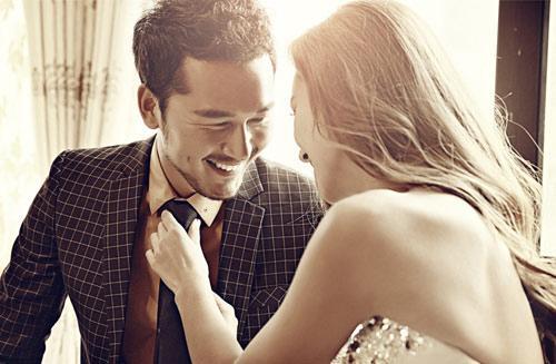 Vì sao đàn ông càng già càng thích ve vãn gái trẻ?