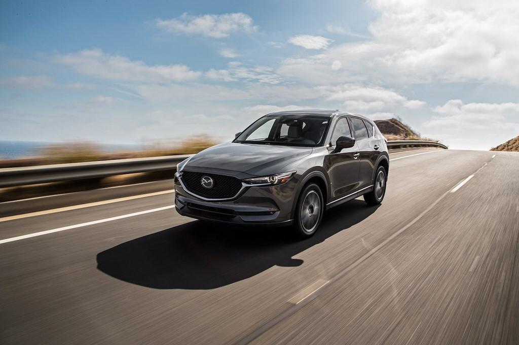 Nội thất Mazda CX-5 2017 đánh bại xe sang Lexus
