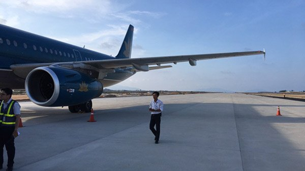 Công bố mức xử lý vi phạm phi công tiếp đất nhầm đường băng tại Cam Ranh