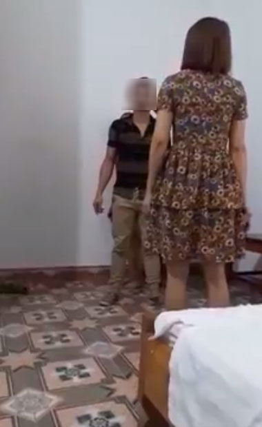 12 năm nuôi chồng, đến khi bắt quả tang ngoại tình vợ vẫn bị lép vế khi chồng ra sức bênh bồ, chửi vợ