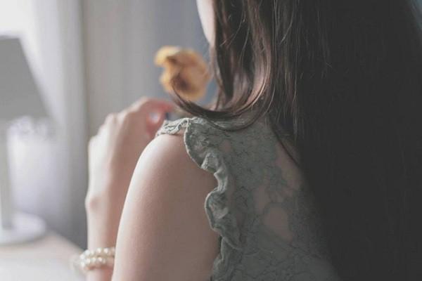 Tôi phải làm sao khi vẫn yêu chồng tha thiết, nhưng lại không chắc cái thai trong bụng là của ai