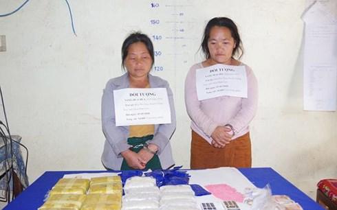 Bắt quả tang 2 đối tượng vận chuyển hơn 30.000 viên ma túy tổng hợp