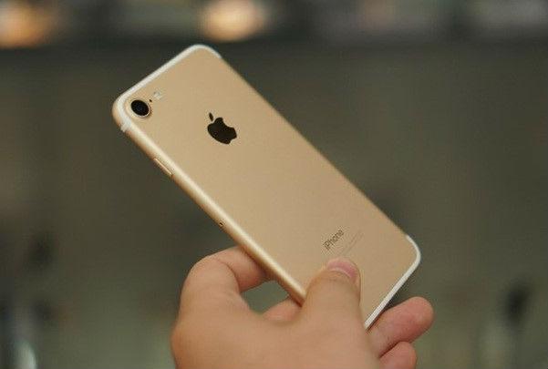 Dưới 10 triệu, chọn điện thoại tân trang nào tại Việt Nam?