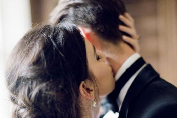 Chết đứng khi phát hiện chồng thậm thụt với em dâu