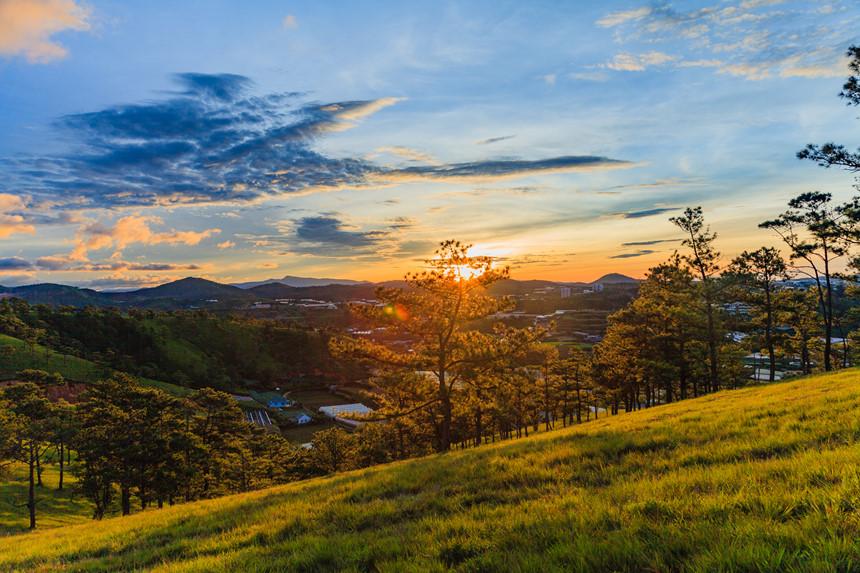 Tà Năng - Phan Dũng: Cung đường trekking đẹp nhưng đầy rẫy hiểm nguy
