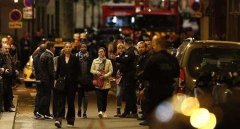 Pháp bắt giữ hai phụ nữ liên quan tới vụ tấn công bằng dao tại Paris