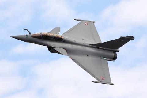 Ấn Độ dừng mua Rafael chọn Su-30MKI?