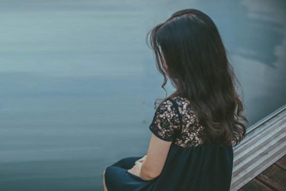 Ly hôn rồi cô vẫn vụng trộm với chồng cũ, còn hỏi cách nối lại tình xưa dù anh đã có gia đình mới