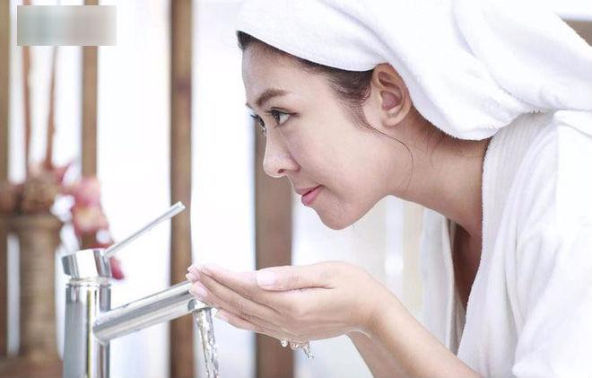 8 lợi ích tuyệt vời của lọ giấm nơi góc bếp: Đừng bỏ lỡ cơ hội sử dụng đơn giản, hiệu quả