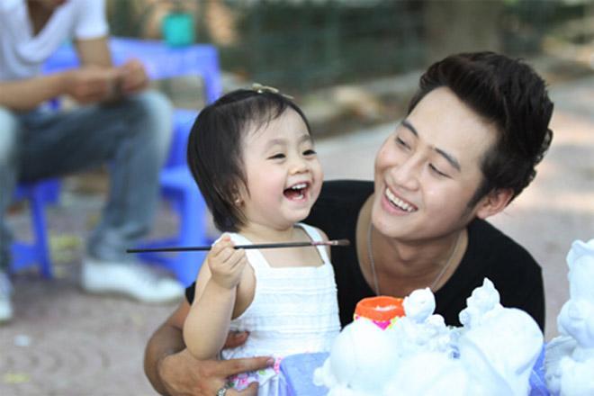 3 sao nam Việt gây xôn xao công chúng khi bất ngờ thừa nhận có con