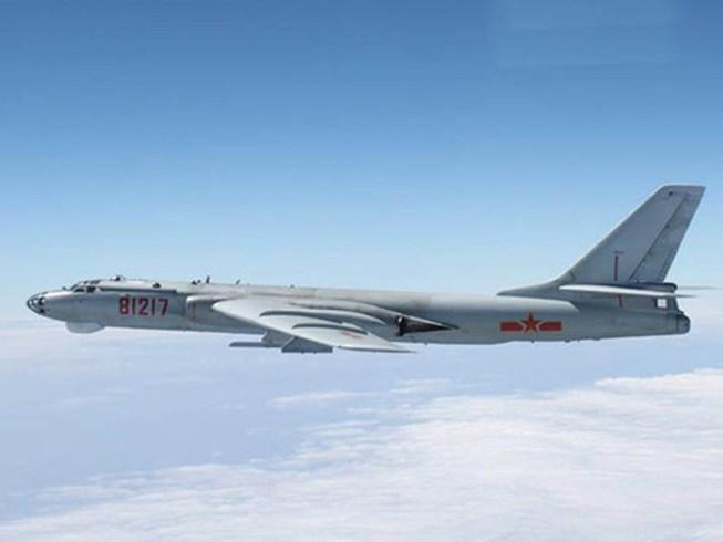 Trung Quốc đe dọa tàu thuyền, máy bay ở biển Đông
