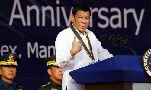 Cuộc đấu tranh nửa vời với Trung Quốc trên Biển Đông của Duterte