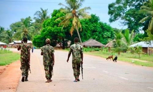 10 người bị chặt đầu trong vụ tấn công ở Mozambique