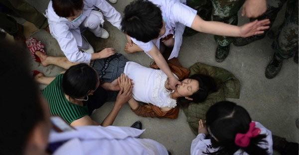 Nữ sinh 14 tuổi đột tử trong giờ thể dục vì trót làm điều này trong kỳ kinh nguyệt