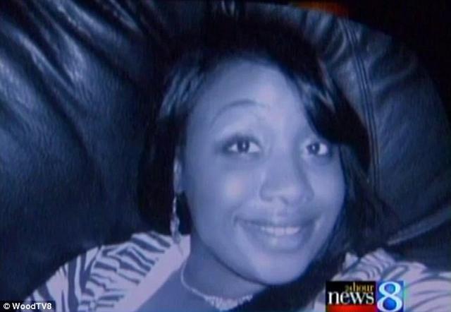Người mẹ đã chết 42 ngày vẫn hạ sinh hai cậu bé sinh đôi khỏe mạnh