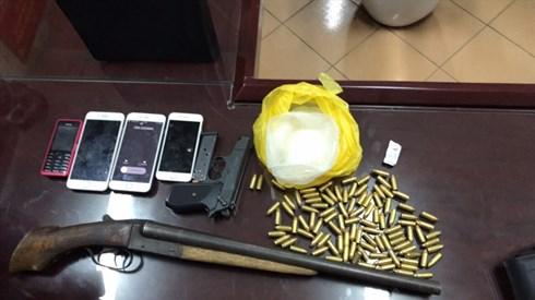 Lạng Sơn: Bắt đối tượng buôn ma túy, phát hiện nhiều vũ khí nóng