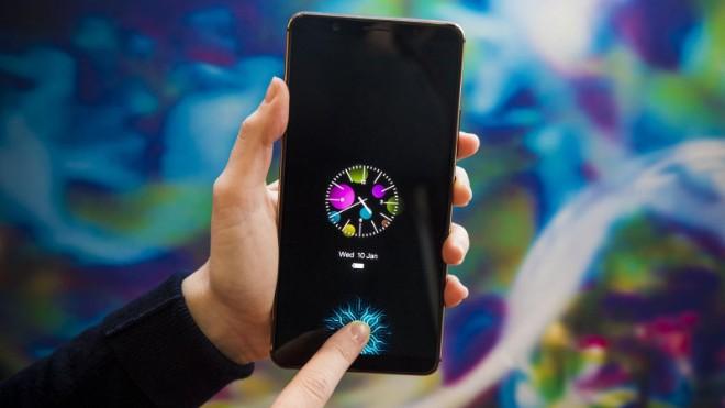 Máy quét vân tay trong màn hình của Samsung có thể đo cả lượng máu và nhịp tim