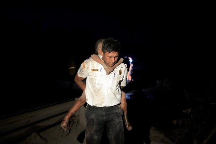Thảm họa núi lửa Guatemala phun trào làm 62 người chết