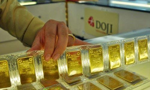 Giá USD đi xuống, vàng tăng