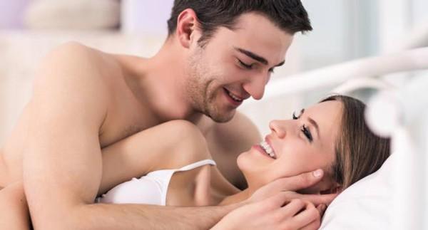 2 điều mà mọi anh chồng cần biết để khiến phụ nữ thỏa mãn khi yêu