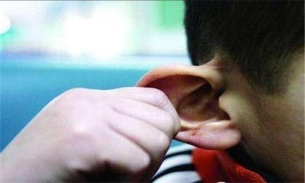 Bé trai đột tử vì mẹ đánh vào đầu: 5 bộ phận cơ thể cha mẹ tránh gây tổn thương