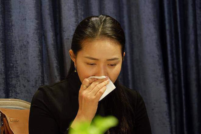 Bị đòi bồi thường danh dự, Phan Như Thảo đanh thép đáp trả: Nếu kiện thì đi hầu