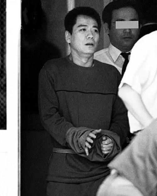 Vụ án tẩy não kinh động Nhật Bản: Dụ dỗ người tình lừa đảo, tiếp tay giết người rồi khiến cả gia đình tàn sát lẫn nhau dã man