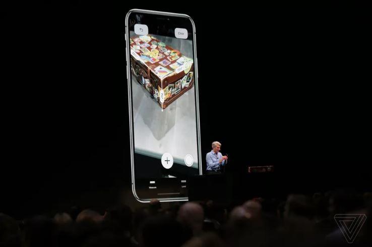Apple nghĩ khác biệt nhưng iOS 12 vay mượn toàn tập