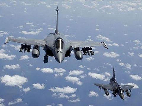 Rafale của Pháp có thể đối đầu sòng phẳng với Su-35 Nga? - 10