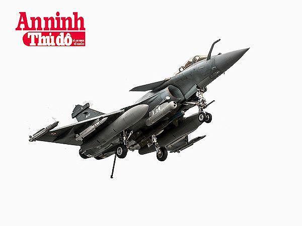 Rafale của Pháp có thể đối đầu sòng phẳng với Su-35 Nga? - 9