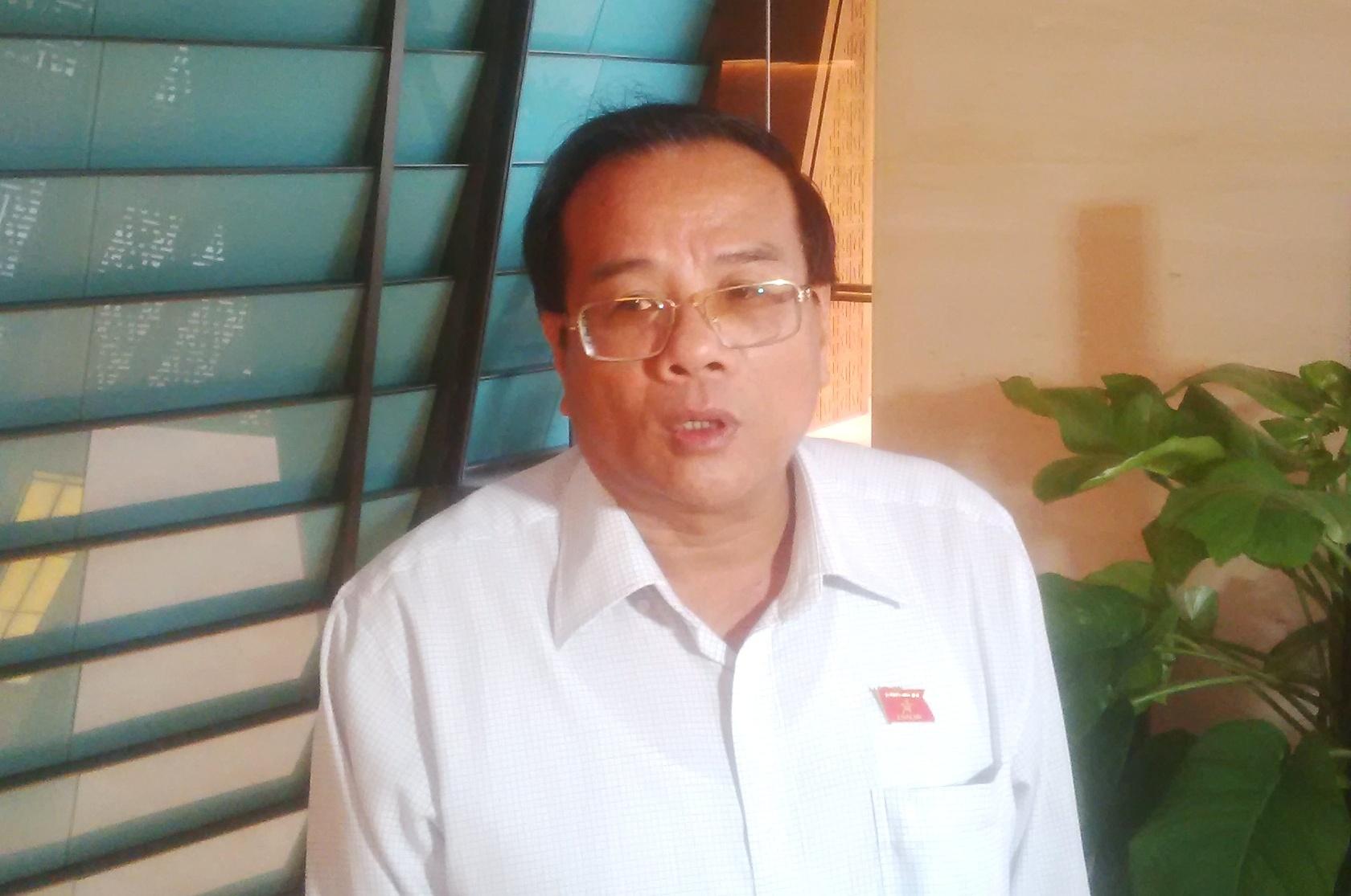 Phó Bí thư Bình Thuận thông tin về vụ phá cổng ủy ban tỉnh, đốt xe
