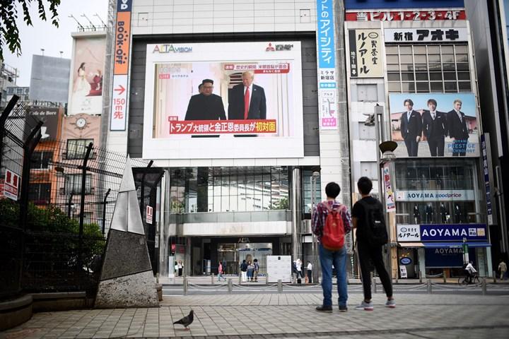 Cận cảnh phản ứng của dư luận trước cái bắt tay lịch sử Mỹ - Triều