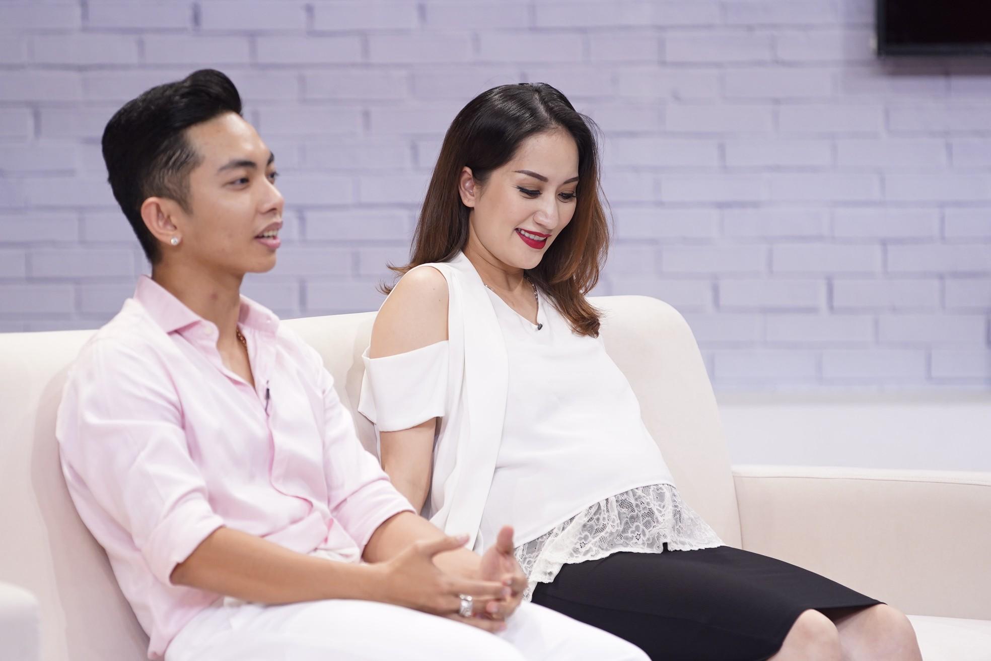 Khánh Thi bật khóc nói về chuyện tình với Phan Hiển: Người ta gọi chúng tôi là vô đạo đức!