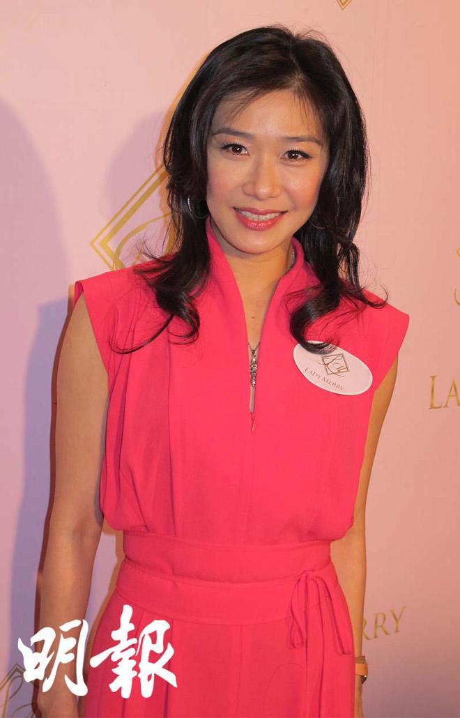 Nữ hoàng Trương Tuệ Nghi: Bị hôn phu bạo hành, dũng cảm nuôi con bị bệnh tim bẩm sinh