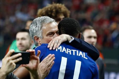Mourinho sẽ để Martial rời MU với một điều kiện