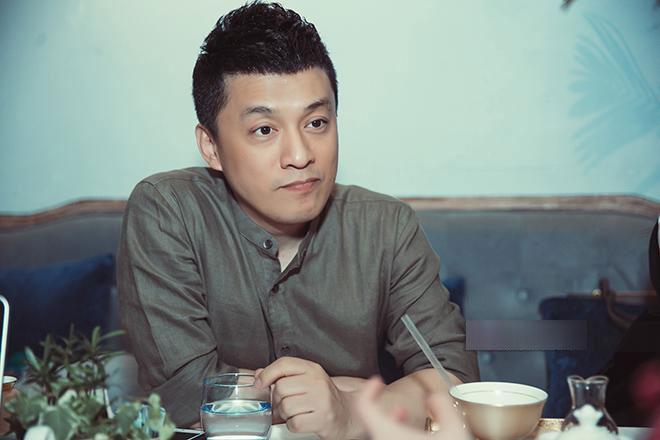 Lam Trường: Fan biết vợ đi xem tôi hát nhưng vẫn lên sân khấu ôm, hôn tôi