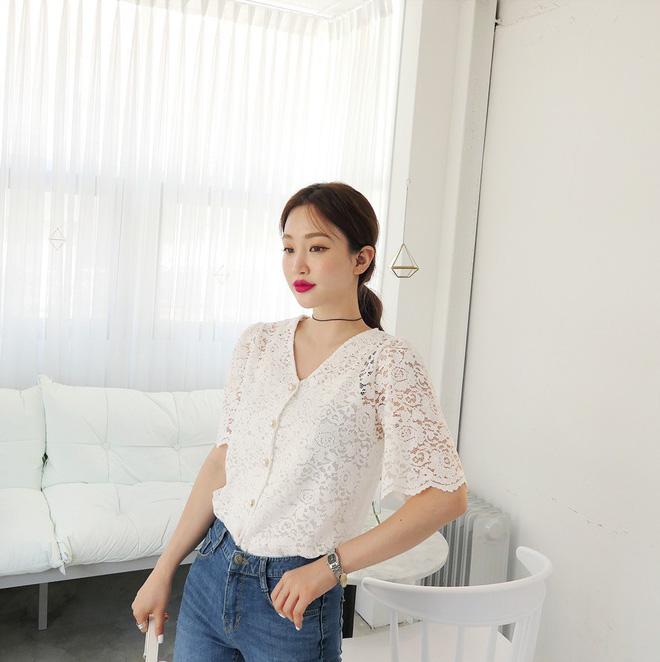 5 dáng áo blouse này đã gây sốt suốt từ đầu hè, hội chị em bánh bèo không nên bỏ qua bất cứ mẫu nào