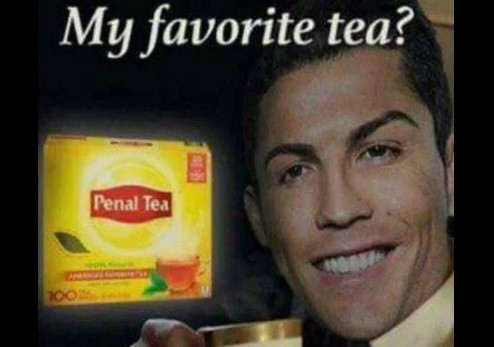 Ảnh chế Ronaldo xuất hiện tràn ngập mạng xã hội