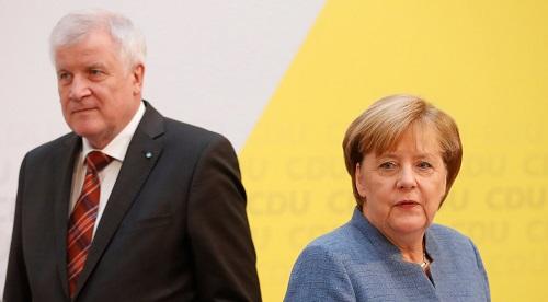 Bà Merkel có nguy cơ mất chức vì khủng hoảng nhập cư